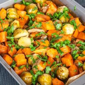 O garnitura de cartofi simpla si delicioasa perfecta pentru friptura