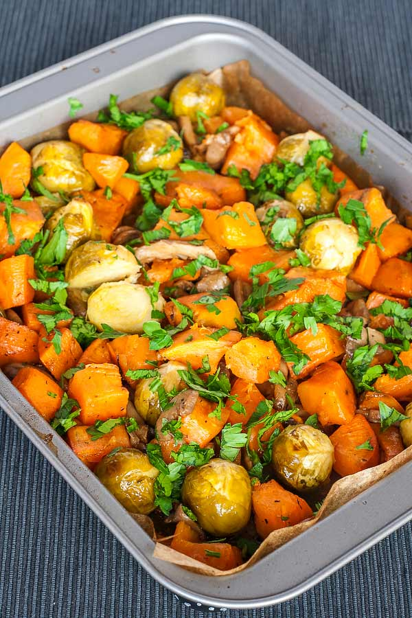 Delicious side dish from a mix of sweet potatoes, mushrooms and Brussels sprouts